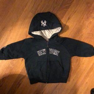 Other - Yankees Sweatshirt
